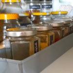 Kotna omara v kuhinji
